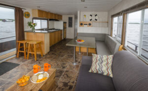 Happy Days Houseboats 8 Sleeper Happy Days Model