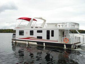 Happy Days Houseboats Luxury Model on open water